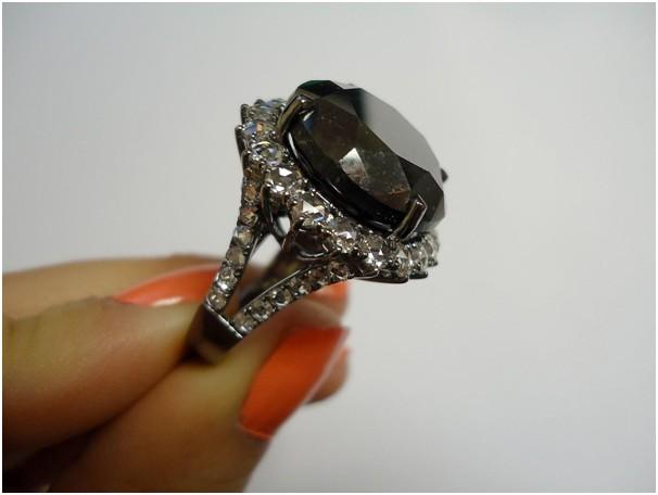 15f70f890184 Кольца с бриллиантами - как выбрать кольца с бриллиантами (фото), 4 ...