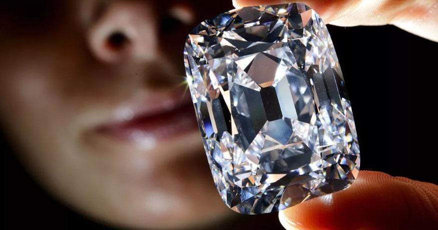 Как отличить стекло от драгоценного камня